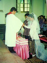 Marriage in modern Savu cloths
