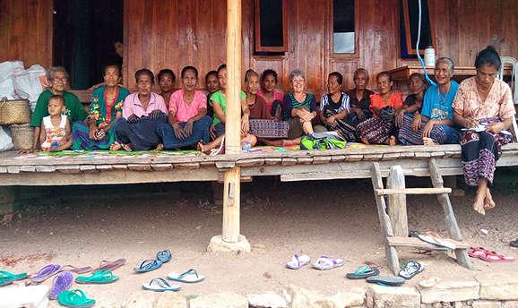 Members of Tewuni Rai